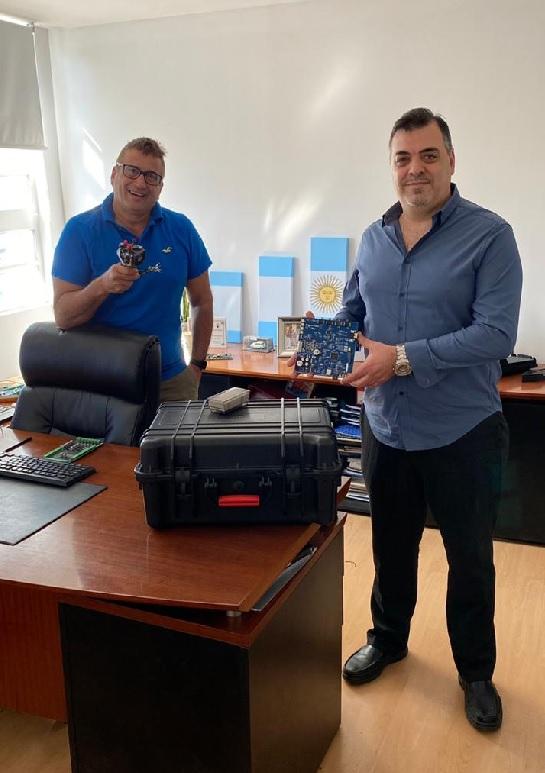 El ingeniero Christian Delutis y el dueño de CVA Constantino Abella
